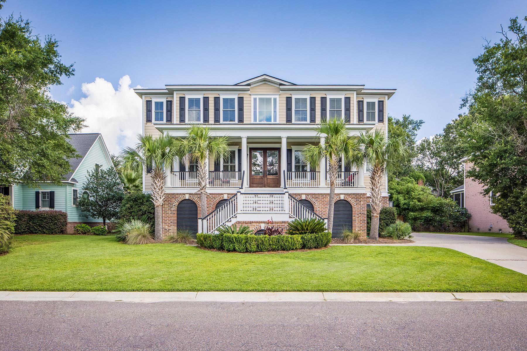 独户住宅 为 销售 在 768 Whispering Marsh Drive 查尔斯顿, 南卡罗来纳州, 29412 美国