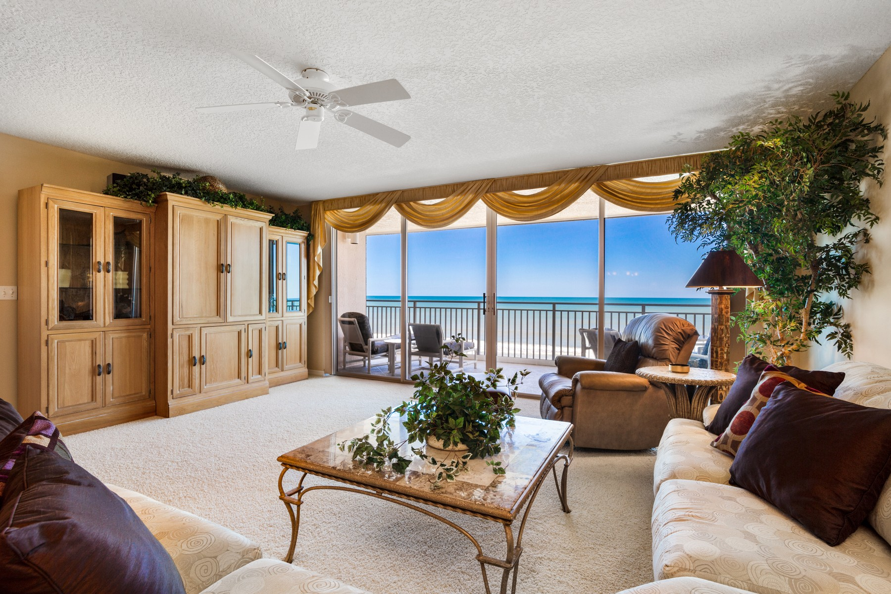 Condominiums for Active at Immaculate Condo with Breathtaking Views of the Atlantic Ocean 1941 Highway A1A Unit 305 Indian Harbour Beach, Florida 32937 United States