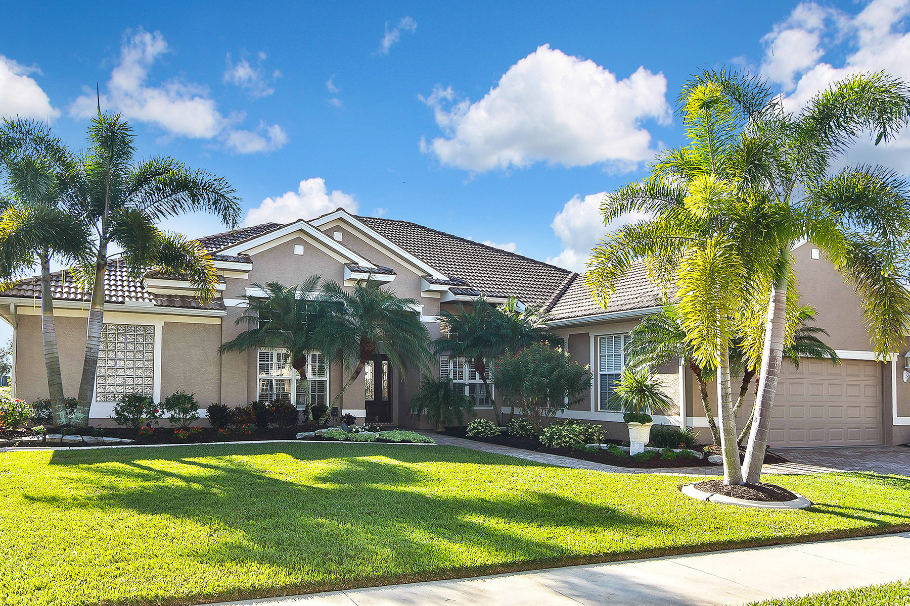 Single Family Homes for Sale at SAWGRASS 544 Marsh Creek Rd Venice, Florida 34292 United States