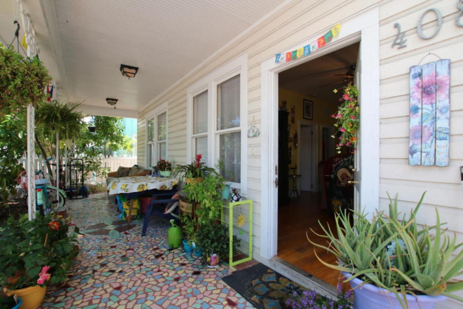 复式单位 为 销售 在 Duplex in the Heart of Key West 408 Virginia Street, Key West, 佛罗里达州, 33040 美国