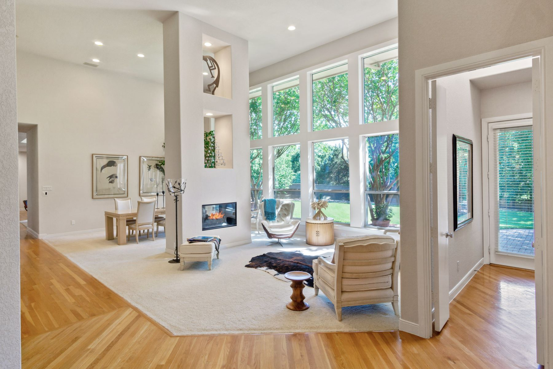 Single Family Homes 용 매매 에 Totally Custom in Highly Acclaimed in Carroll ISD 105 Creekway Bend, Southlake, 텍사스 76092 미국