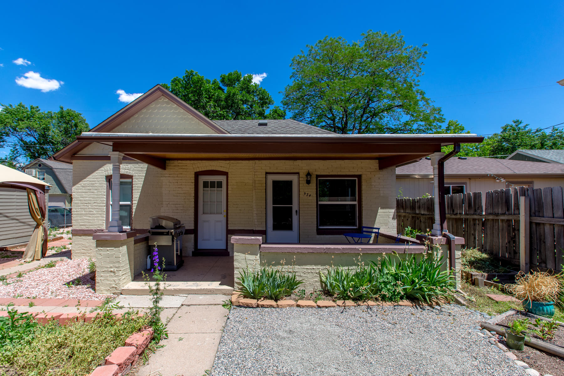 Single Family Home for Active at 934 South Logan Street 934 South Logan Street Denver, Colorado 80209 United States