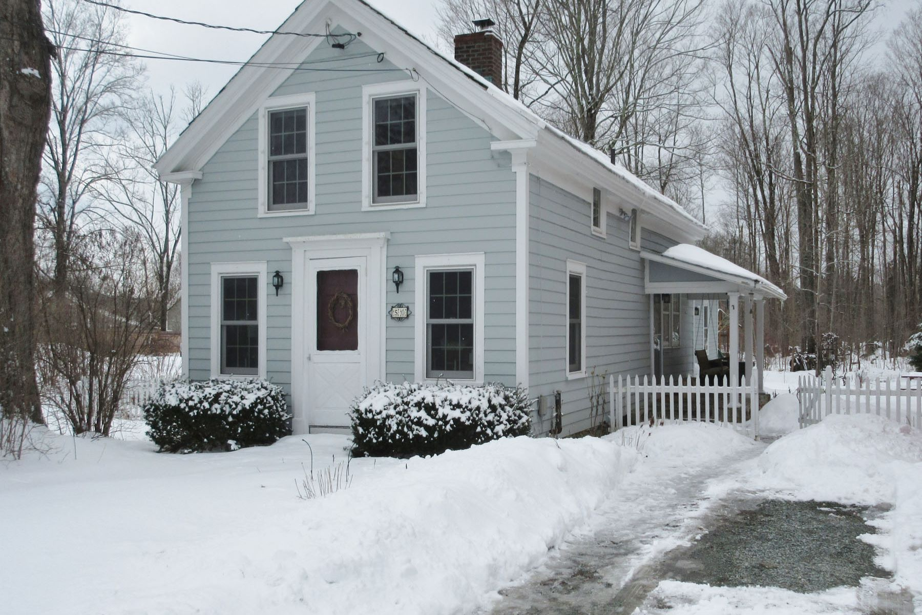 Single Family Home for Sale at 50 Bird Street Street, Poultney 50 Bird Street St Poultney, Vermont 05764 United States