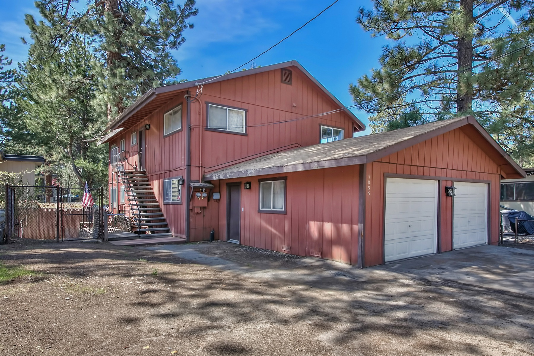 Single Family Home for Active at 3835 Pentagon Drive, South Lake Tahoe, California 96150 South Lake Tahoe, California 96150 United States