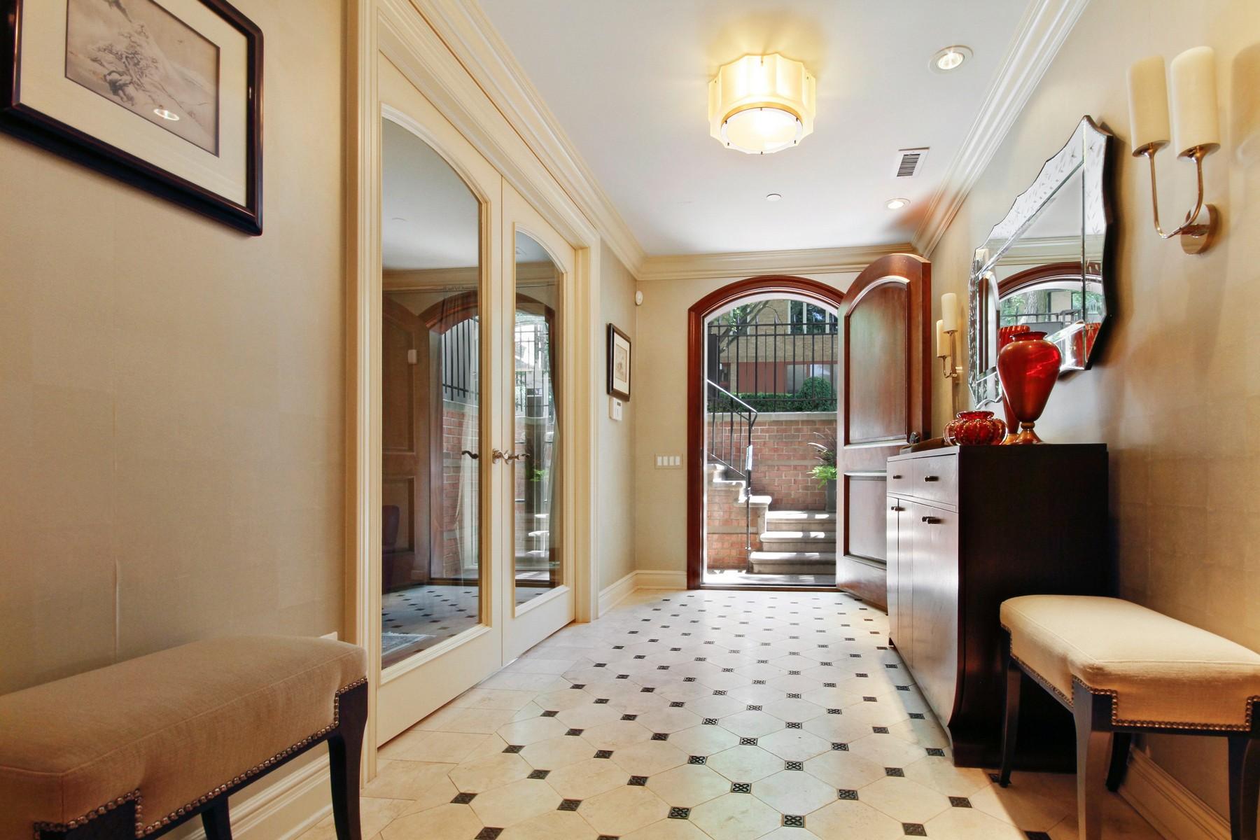 Частный односемейный дом для того Продажа на Elegant Custom-Built Lincoln Park Home 1744 N Cleveland Avenue, Chicago, Иллинойс, 60614 Соединенные Штаты