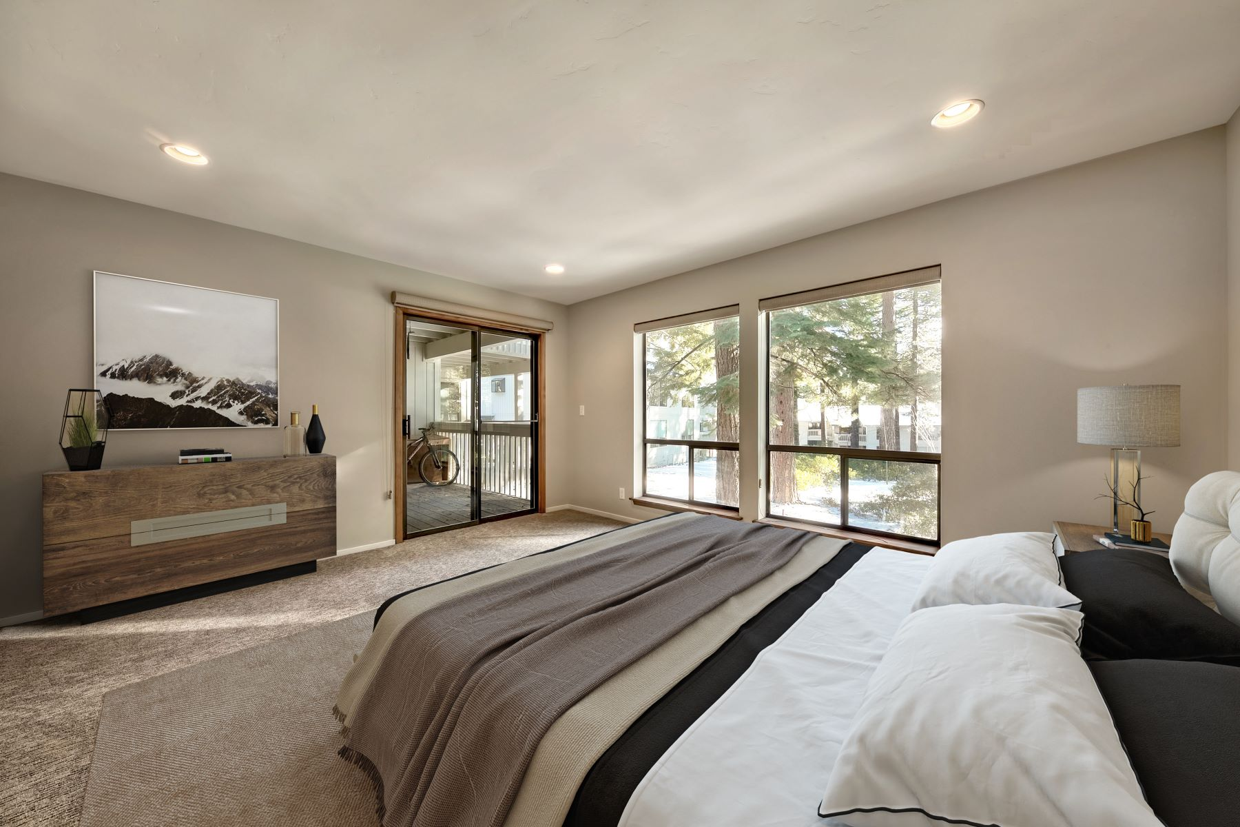 Additional photo for property listing at 171 Village Blvd. #6 Incline Village, NV 89451 171 Village Boulevard #6 Incline Village, Nevada 89451 United States