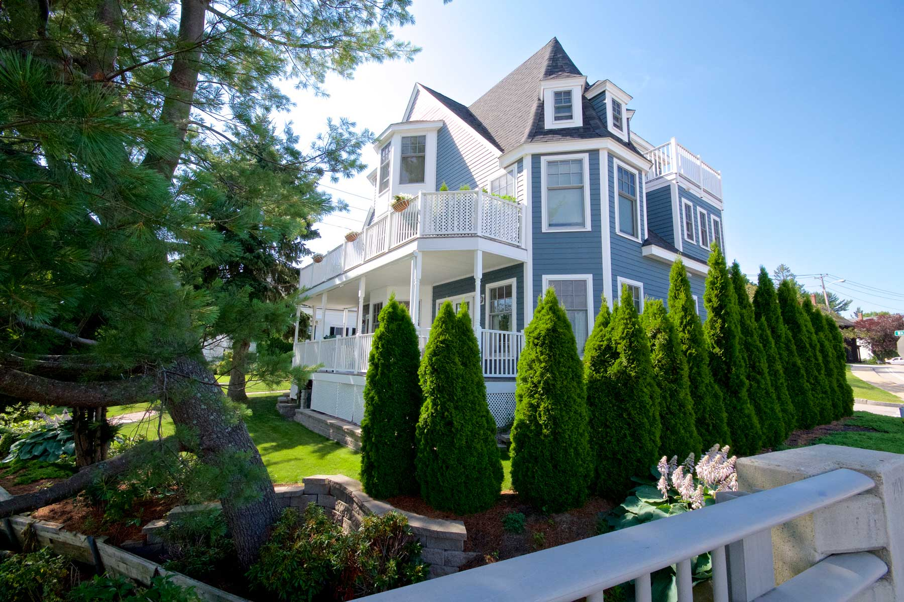 Single Family Home for Sale at Waterfront Condominium in Kittery 17 Water Street Unit 1 Kittery, Maine 03904 United States