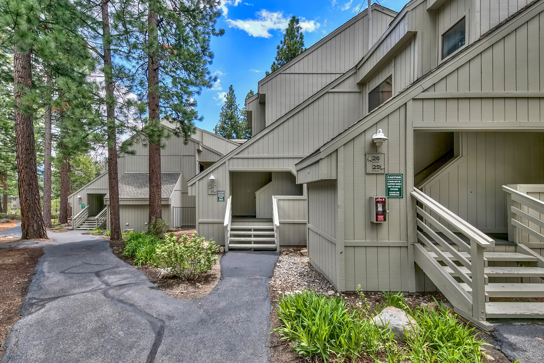 Condominiums for Active at 807 Alder Avenue #27, Incline Village, Nevada 807 Alder Avenue #27 Incline Village, Nevada 89451 United States
