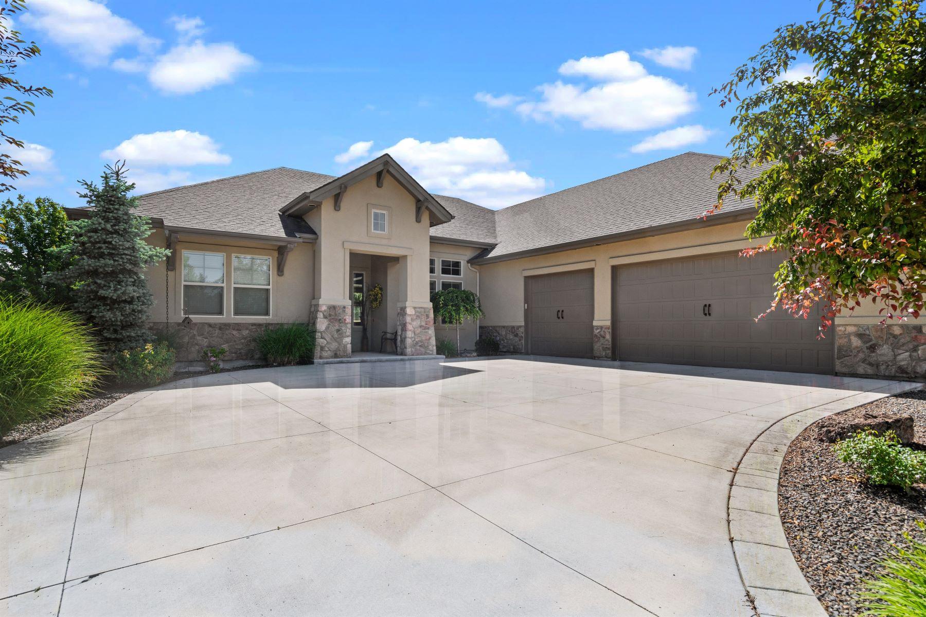 Single Family Homes pour l Vente à 4159 Greenspire Dr., Meridian 4159 W Greenspire Dr Meridian, Idaho 83646 États-Unis