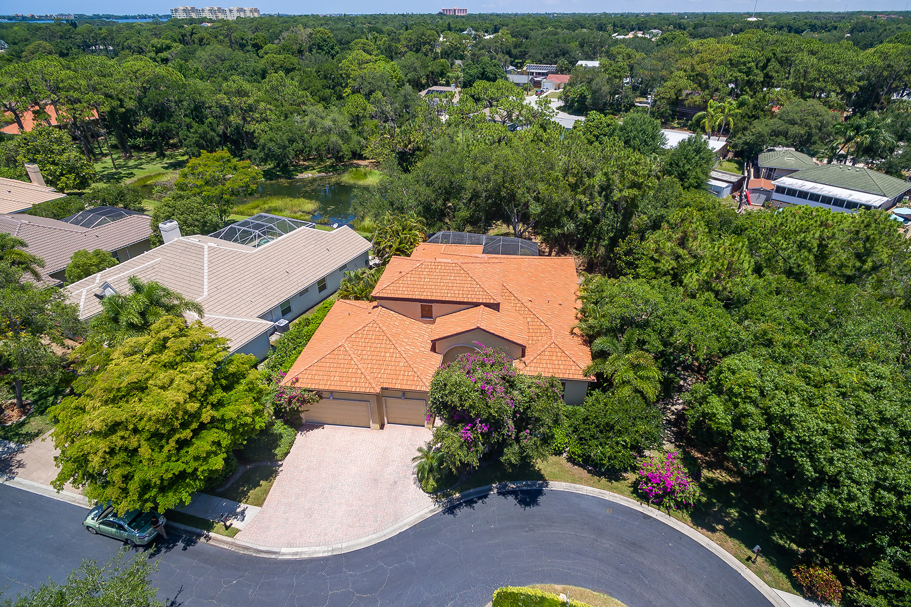single family homes for Active at OAK CREEK 135 N Creek Ln Osprey, Florida 34229 United States
