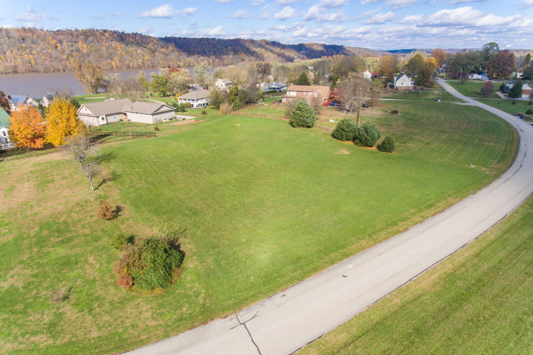 Land for Sale at 6505 Jack Taylor Place Westport, Kentucky 40077 United States