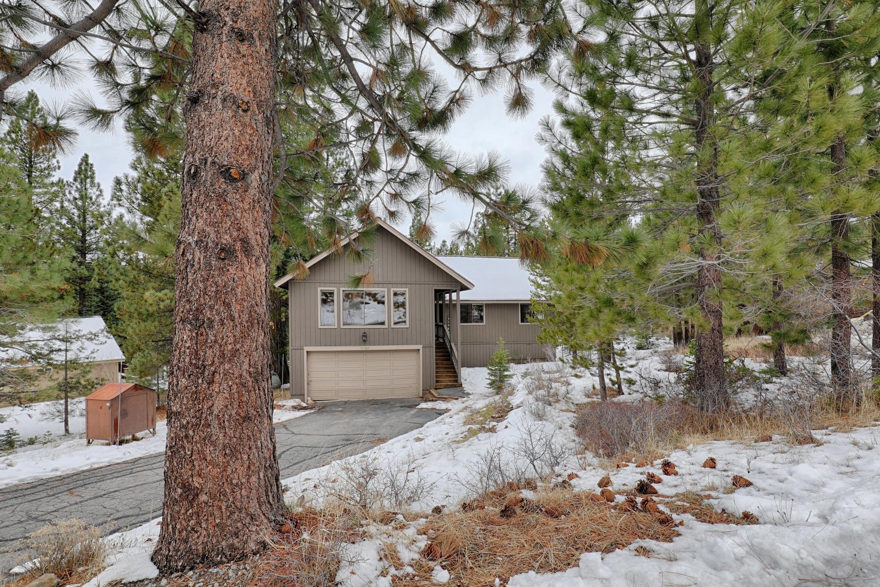 Частный односемейный дом для того Продажа на 15388 Wolfgang Road Truckee, CA 96161 Tahoe Donner, Truckee, Калифорния, 96161 Lake Tahoe, Соединенные Штаты