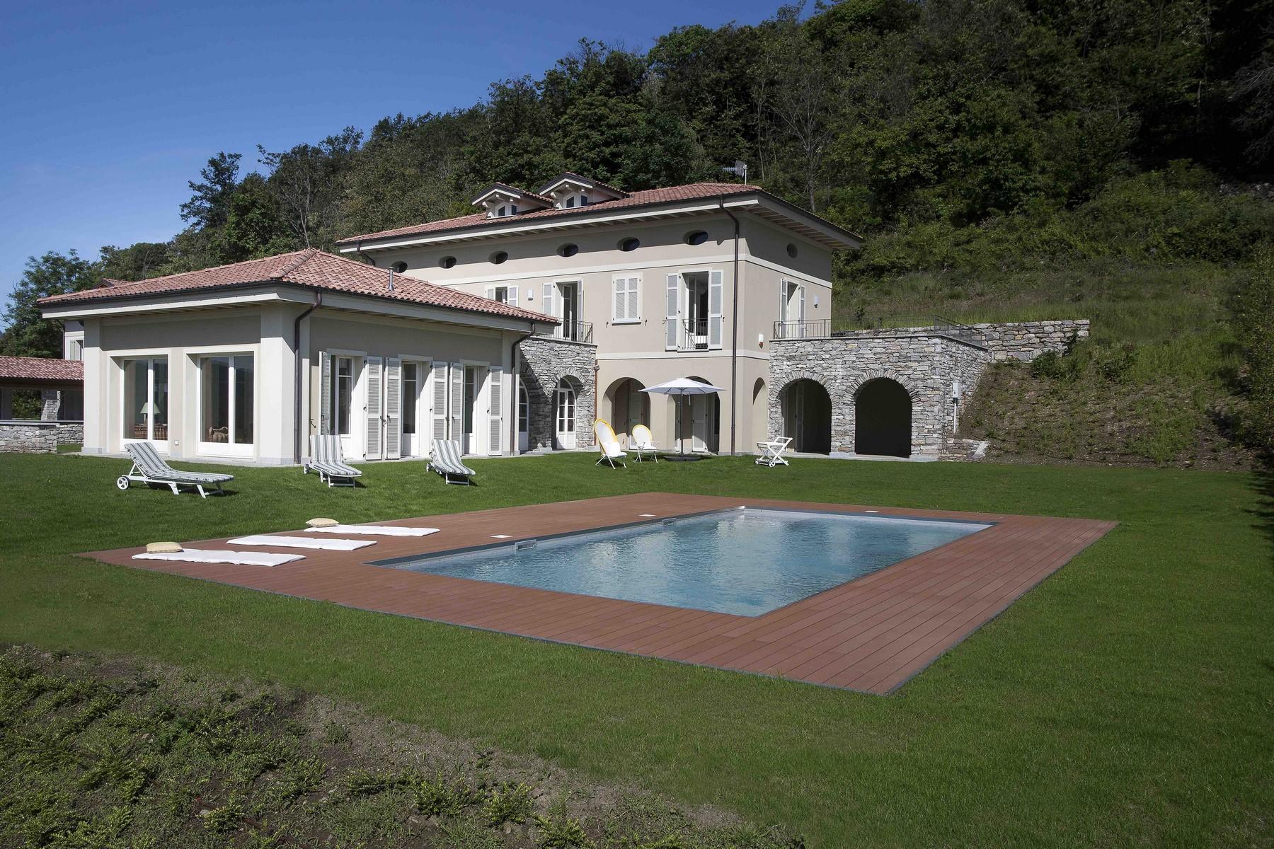 Einfamilienhaus für Verkauf beim Villa with aristocratic style over Lake Maggiore Via al Monterosso Other Verbano Cusio Ossola, Verbano Cusio Ossola 28921 Italien
