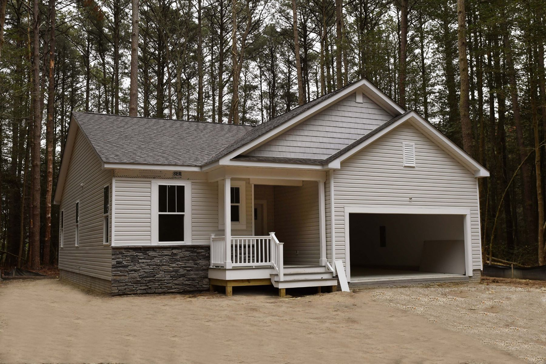 Single Family Homes のために 売買 アット Captain's Cove Rancher 3005 Sloop Court, Greenbackville, バージニア 23356 アメリカ