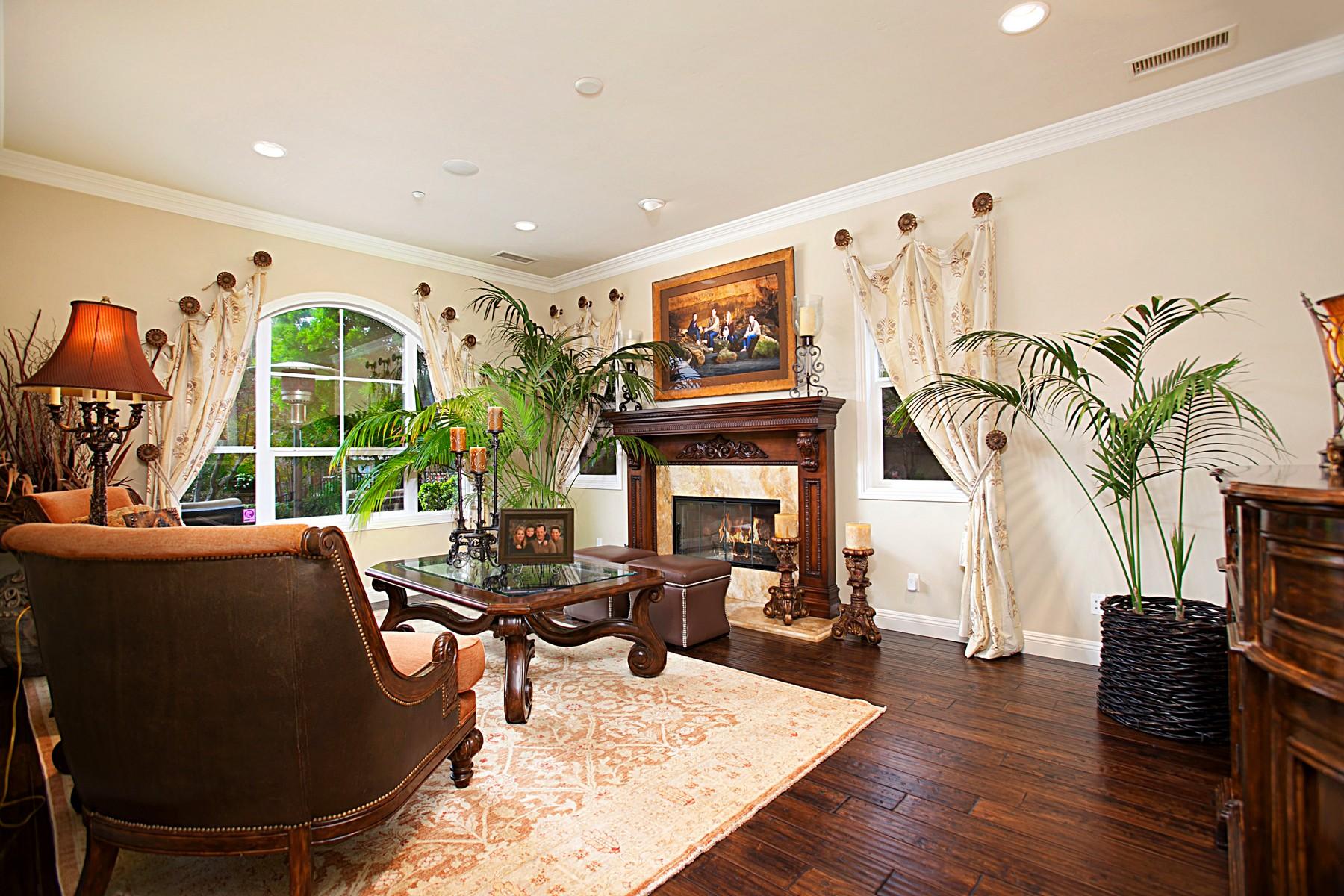 Casa Unifamiliar por un Venta en 555Lynwood Encinitas, California, 92024 Estados Unidos