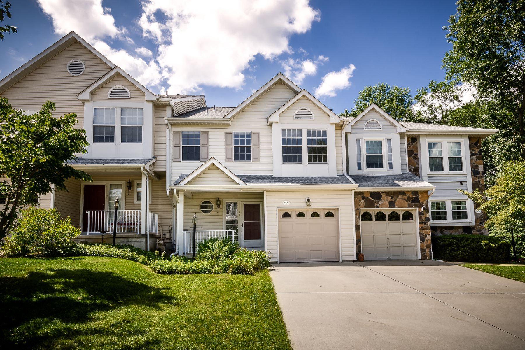 Таунхаус для того Продажа на Location and Lifestyle 55 Castleton Road, Princeton, Нью-Джерси 08540 Соединенные ШтатыВ/Около: Montgomery Township