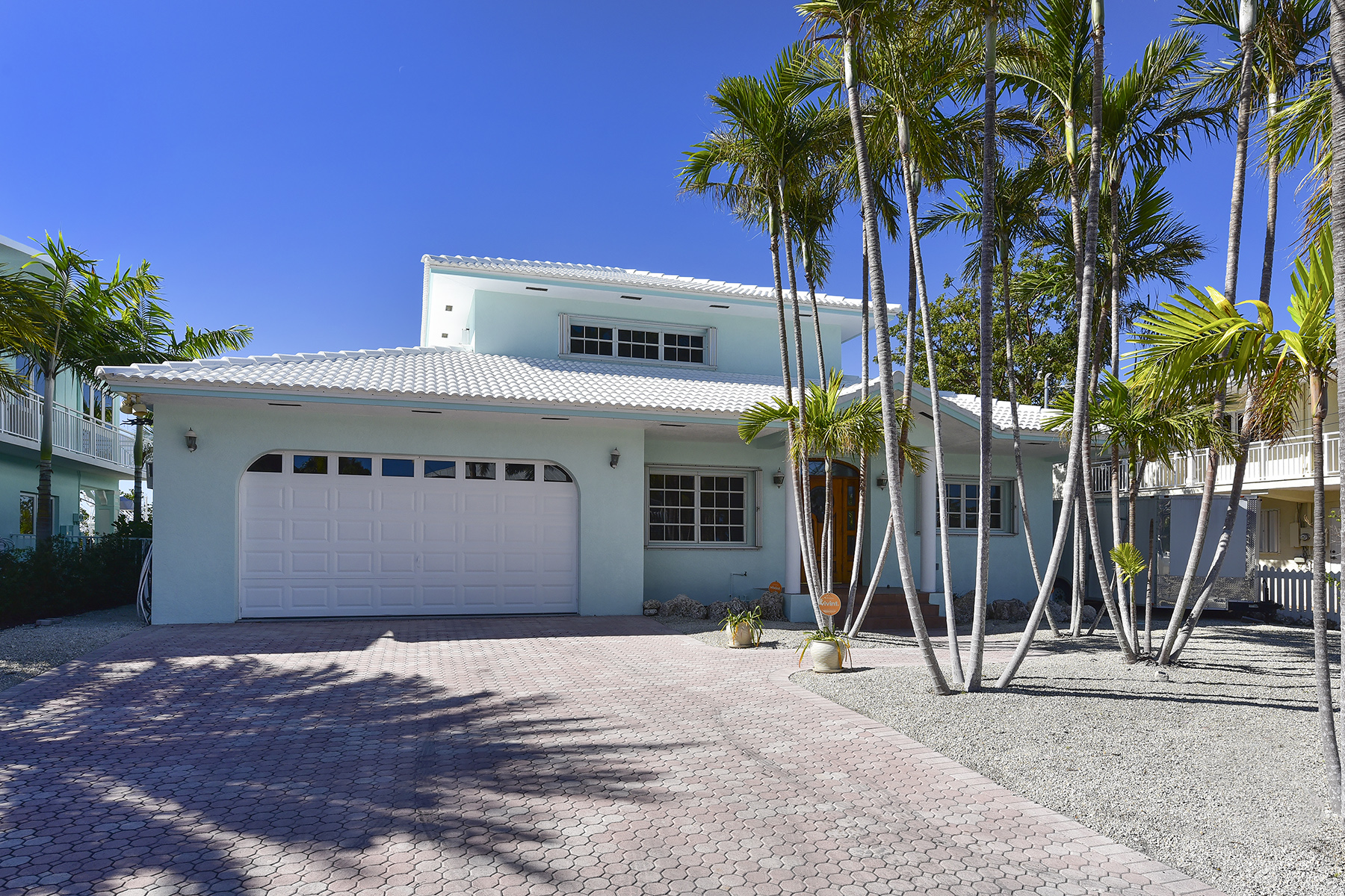 Additional photo for property listing at Perfect Island Setting 124 Venetian Drive Islamorada, Florida 33036 Verenigde Staten