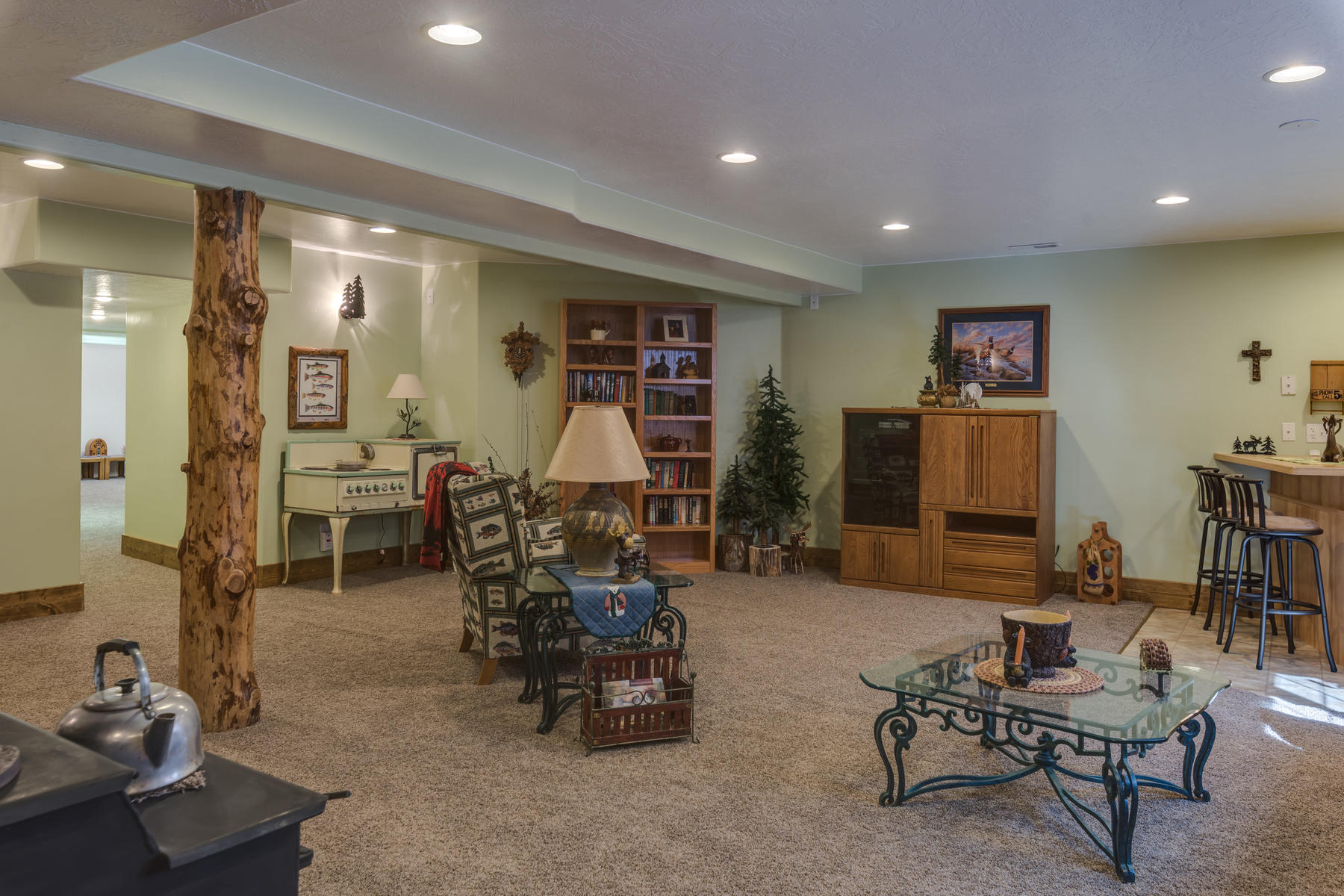 Additional photo for property listing at Fine Country Living 3675 N Driftwood Cedar City, 犹他州 84721 美国