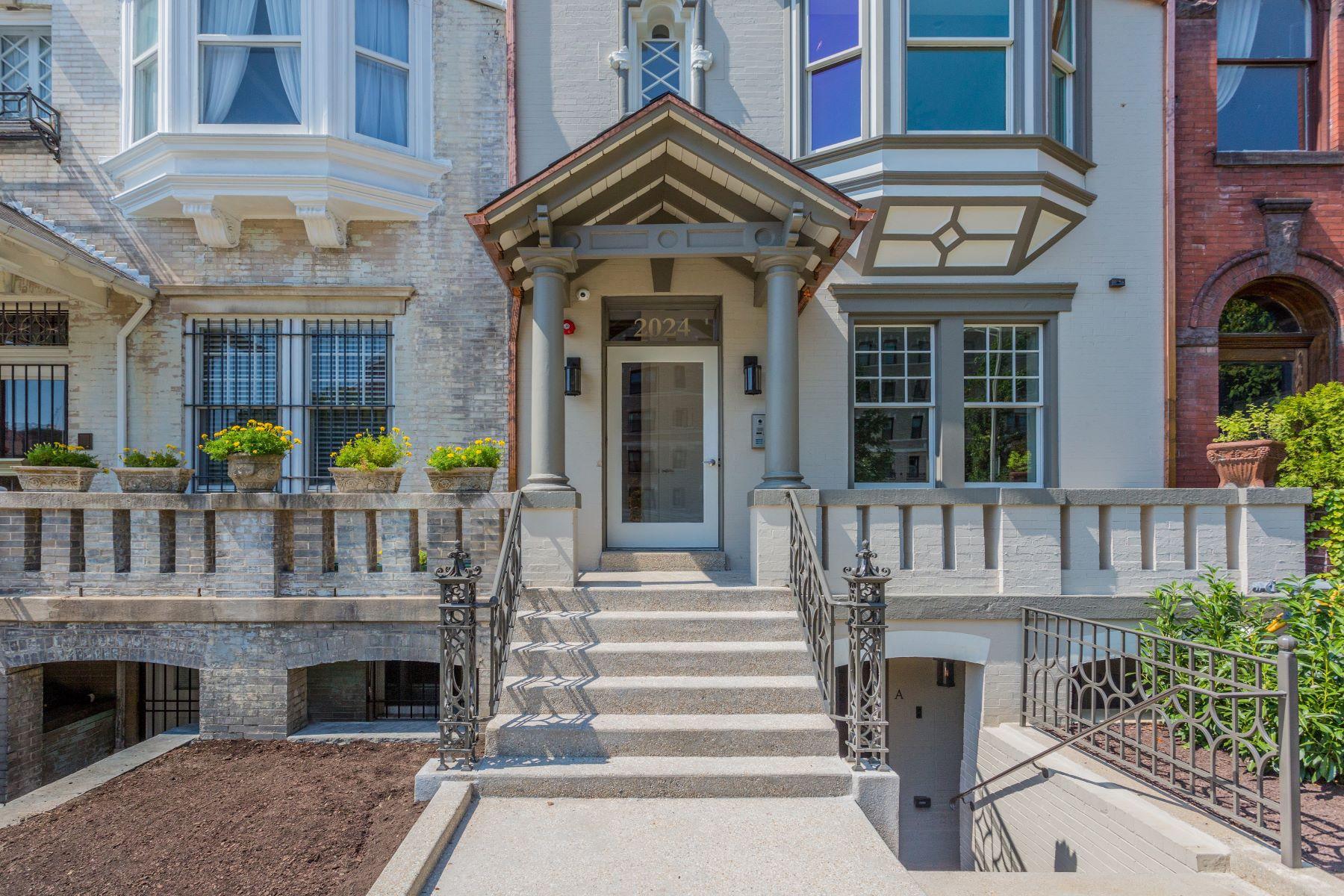 Частный односемейный дом для того Продажа на The Appleton 2024 16th Street NW #1, Washington, Округ Колумбия, 20009 Соединенные Штаты