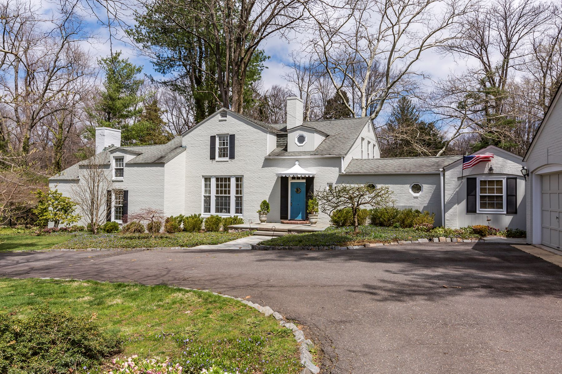 Property por un Venta en Poised Edgerstoune Beauty on Gracious Grounds 183 Edgerstoune Road, Princeton, Nueva Jersey 08540 Estados Unidos