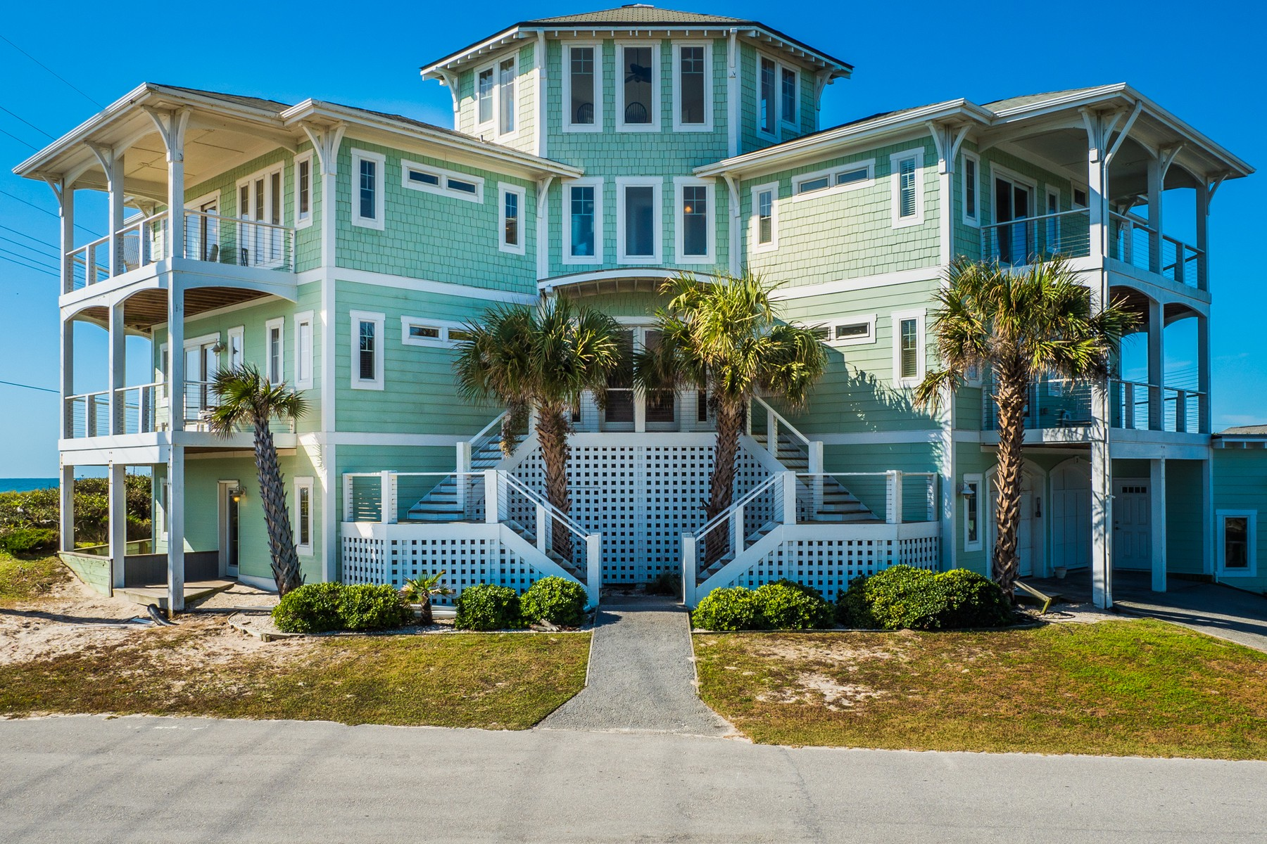 獨棟家庭住宅 為 出售 在 Exquisite Estate on Tranquil Topsail Island 99 Oleander Ct, Surf City, 北卡羅來納州, 28445 美國