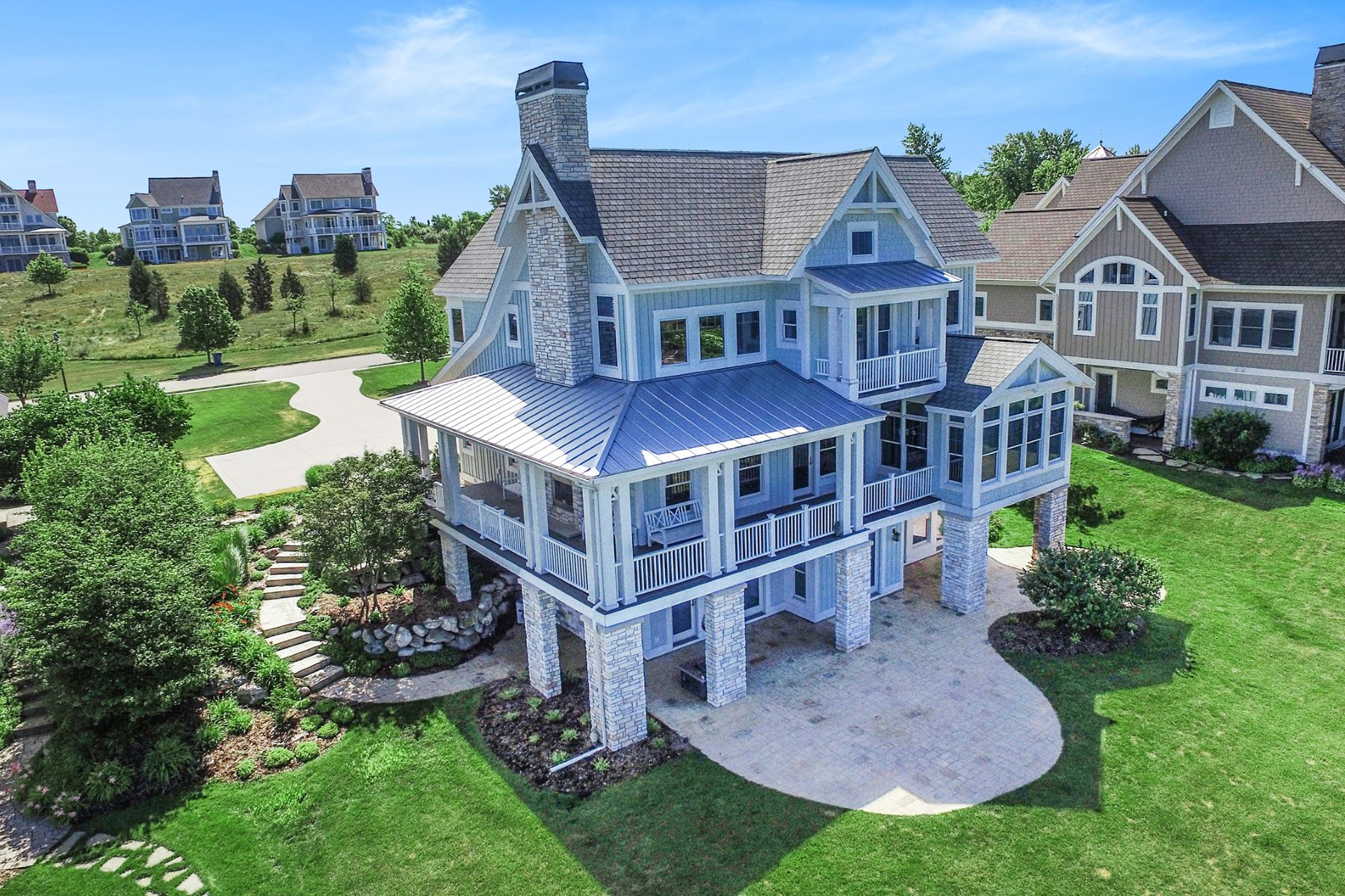 Single Family Homes for Active at Inspiring Coastal Estate 638 Waters Edge South Haven, Michigan 49090 United States