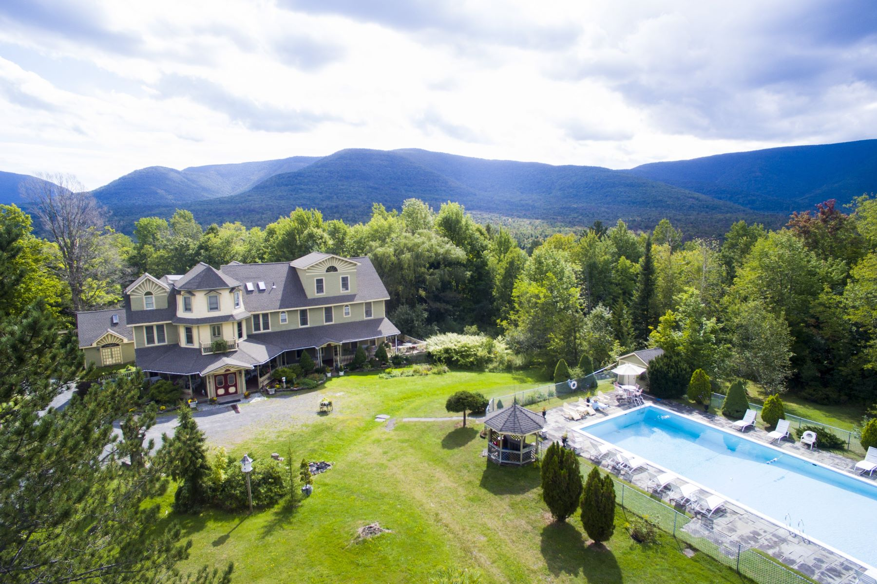Single Family Homes for Sale at The Washington Irving Inn 6629 Route 23a Tannersville, New York 12442 United States