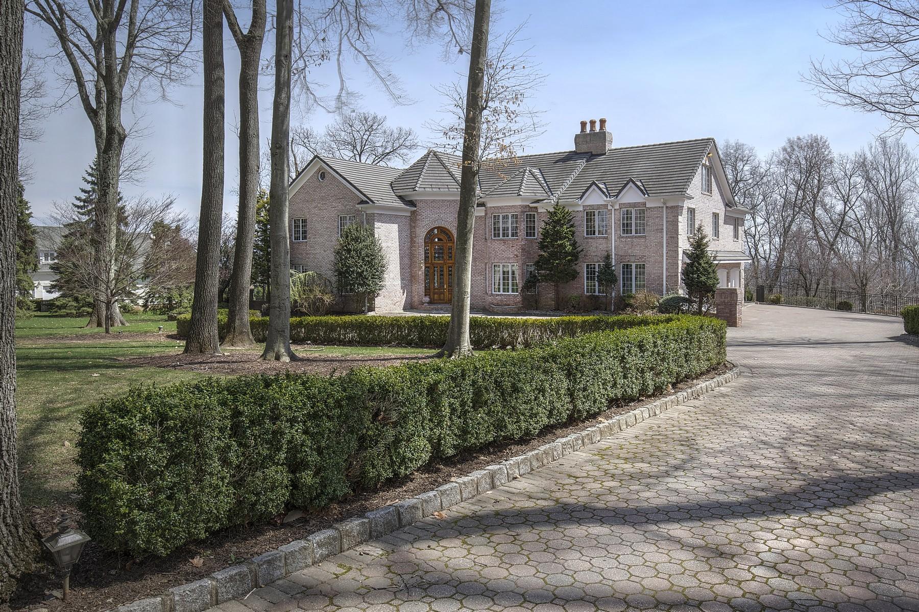Casa Unifamiliar por un Venta en Laurel Mountain Estate with Views 18 Laurel Mountain Way Tewksbury Township, Nueva Jersey, 07830 Estados Unidos