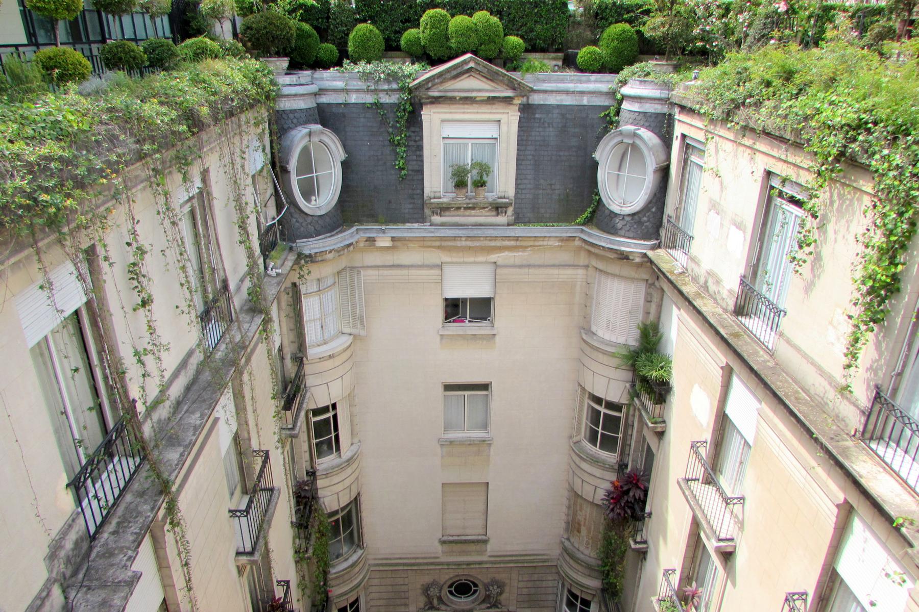 아파트 용 매매 에 French style apartment Marcelo T de Alvear 800, Buenos Aires, 부에노스아이레스, C1058AAJ 아르헨티나