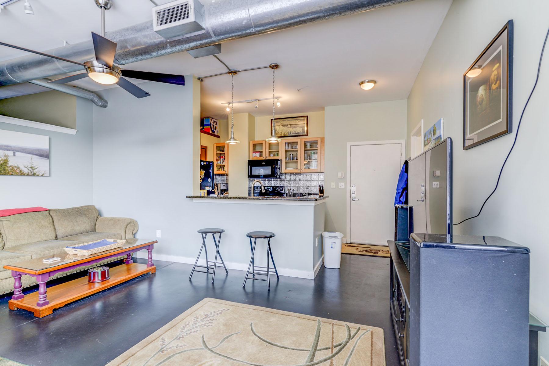Nhà chung cư vì Bán tại Amazing Two Bedroom, Two Bath in the Heart of Midtown 800 Peachtree St 8204 Atlanta, Georgia, 30308 Hoa Kỳ