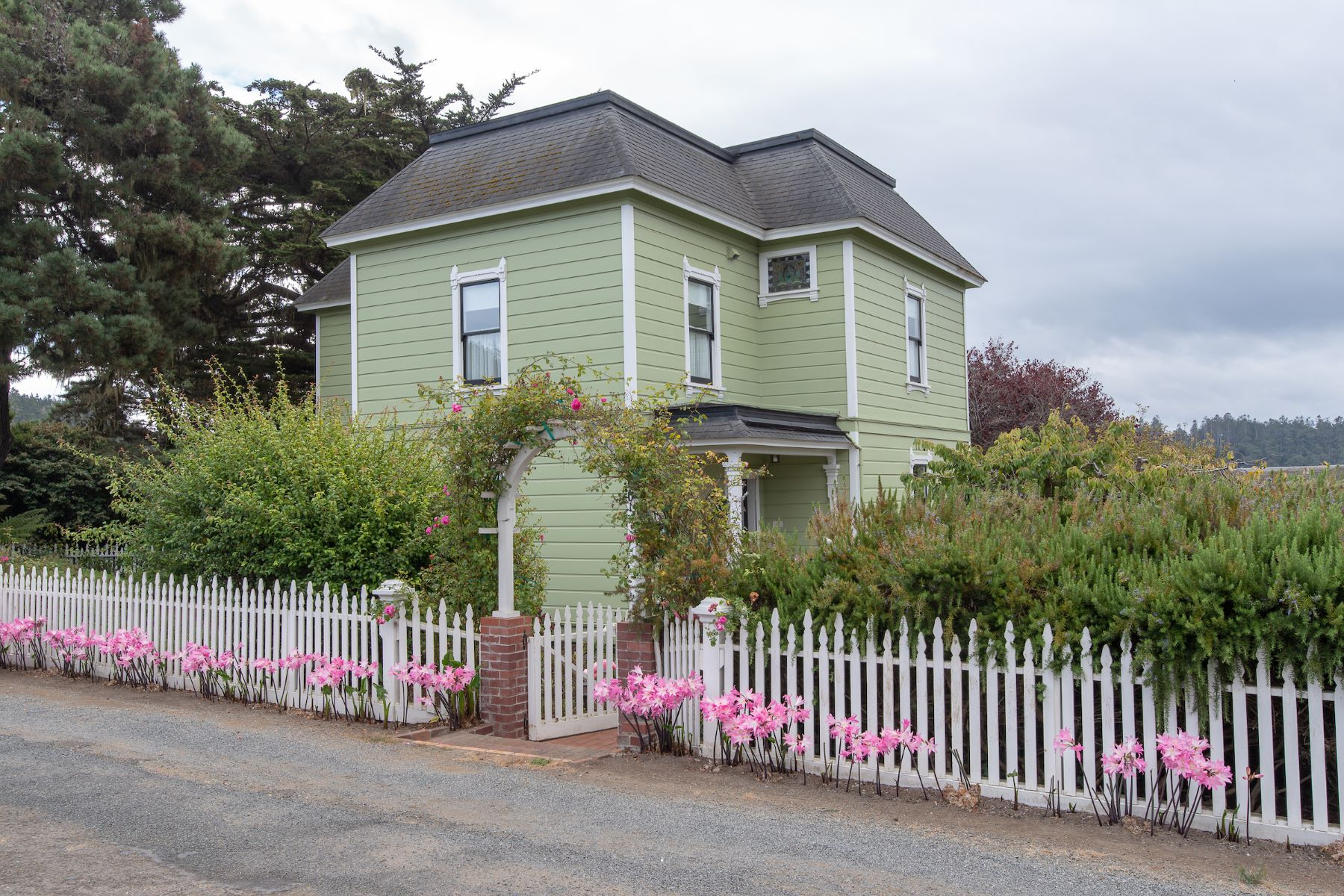 Single Family Home for Sale at Village Elegance 44901 Pine Street Mendocino, California 95460 United States