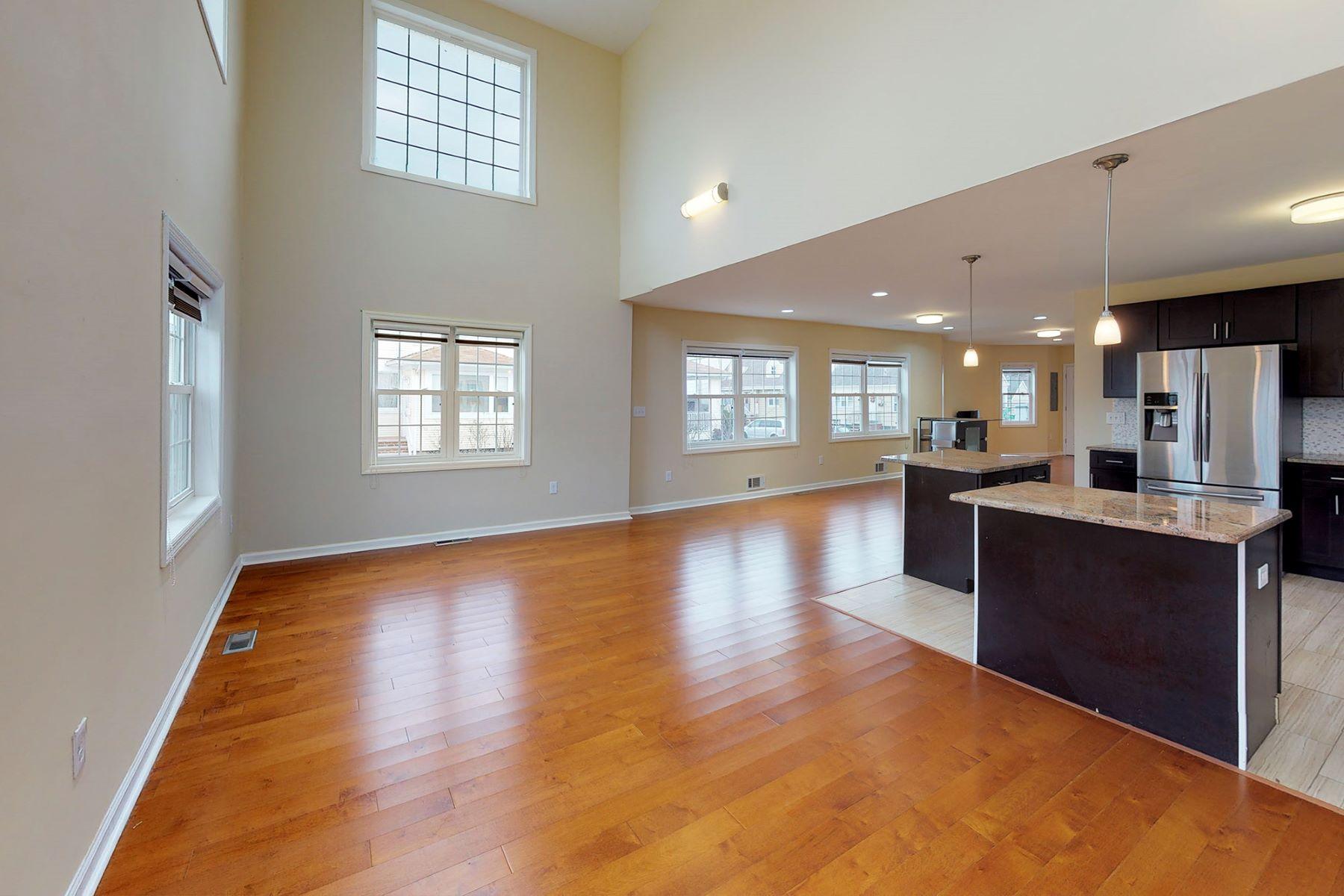 Частный односемейный дом для того Продажа на Open Floor Plan 68 Highland Place, Ridgefield Park, Нью-Джерси 07660 Соединенные Штаты