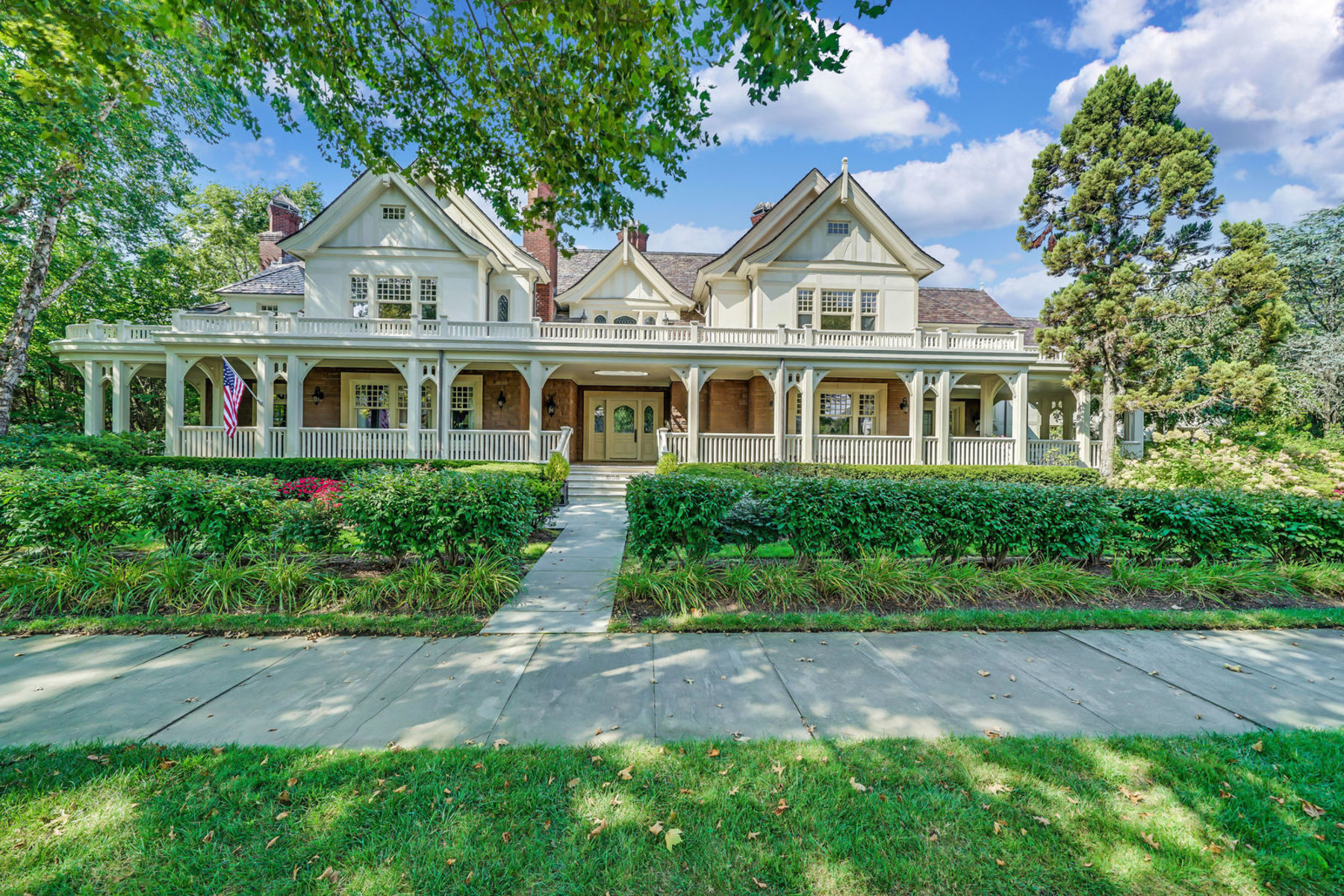 Single Family Homes للـ Sale في Spring Lake Masterpiece 212 Brighton Ave, Spring Lake, New Jersey 07762 United States