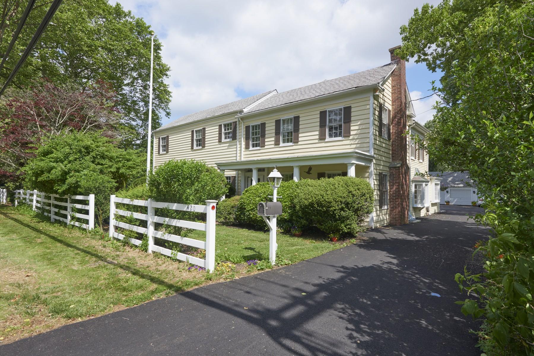 Maison unifamiliale pour l Vente à 420 Sycamore Ave. Shrewsbury, New Jersey 07702 États-Unis
