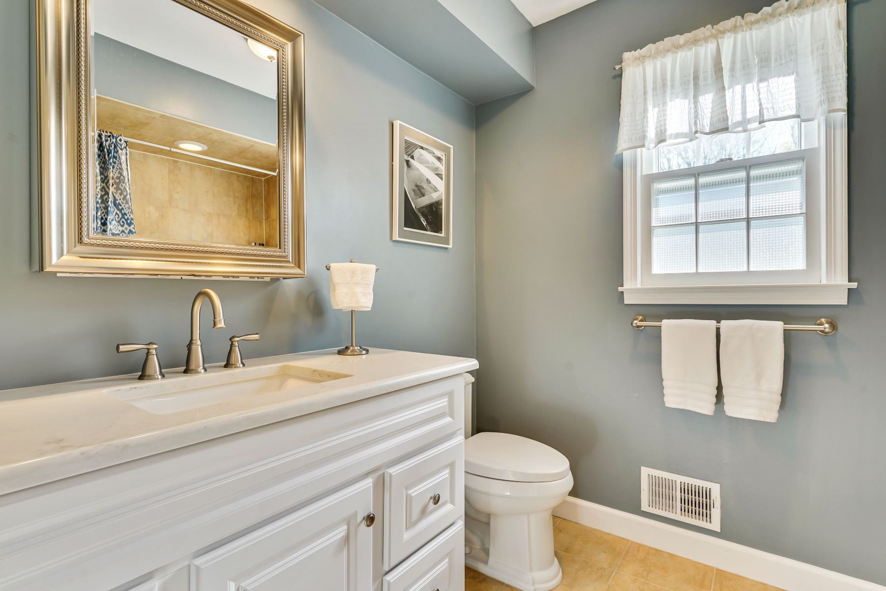 Additional photo for property listing at Updated Colonial in South Wall 2531 Chalet Dr Wall, New Jersey 08736 United States