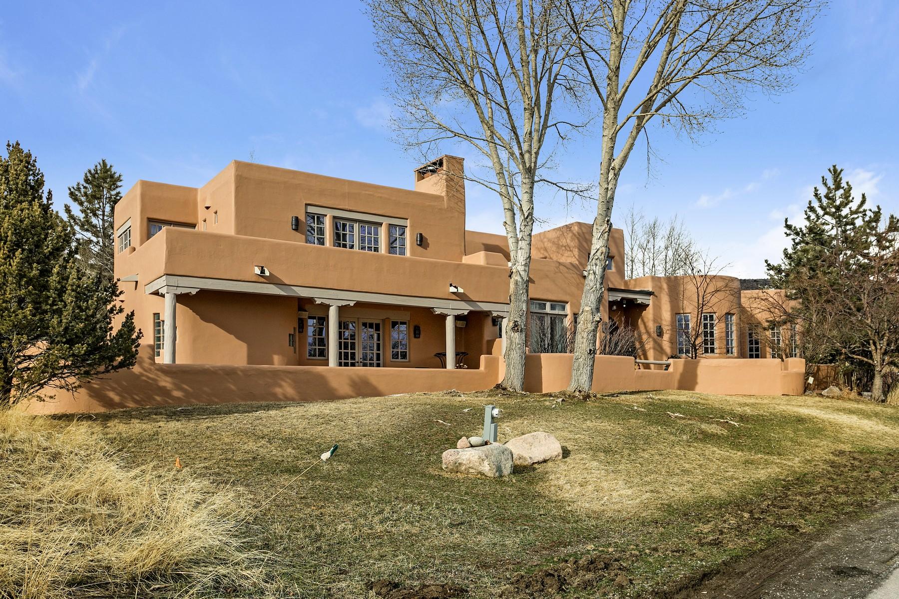 Nhà ở một gia đình vì Bán tại Singletree New Mexico style residence 30 Foal Circle, Berry Creek Ranch, Edwards, Colorado, 81632 Hoa Kỳ