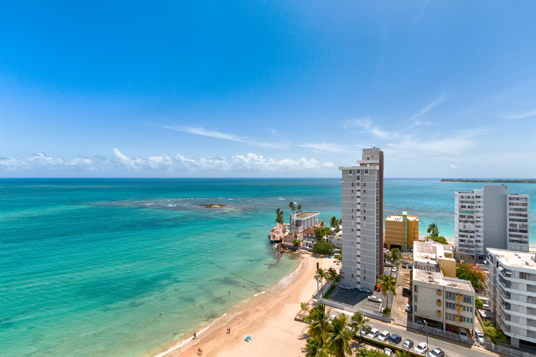 Additional photo for property listing at The Ultimate Beach Penthouse 6165 Isla Verde Ave. PH Carolina, Puerto Rico 00979 Πουερτο Ρικο