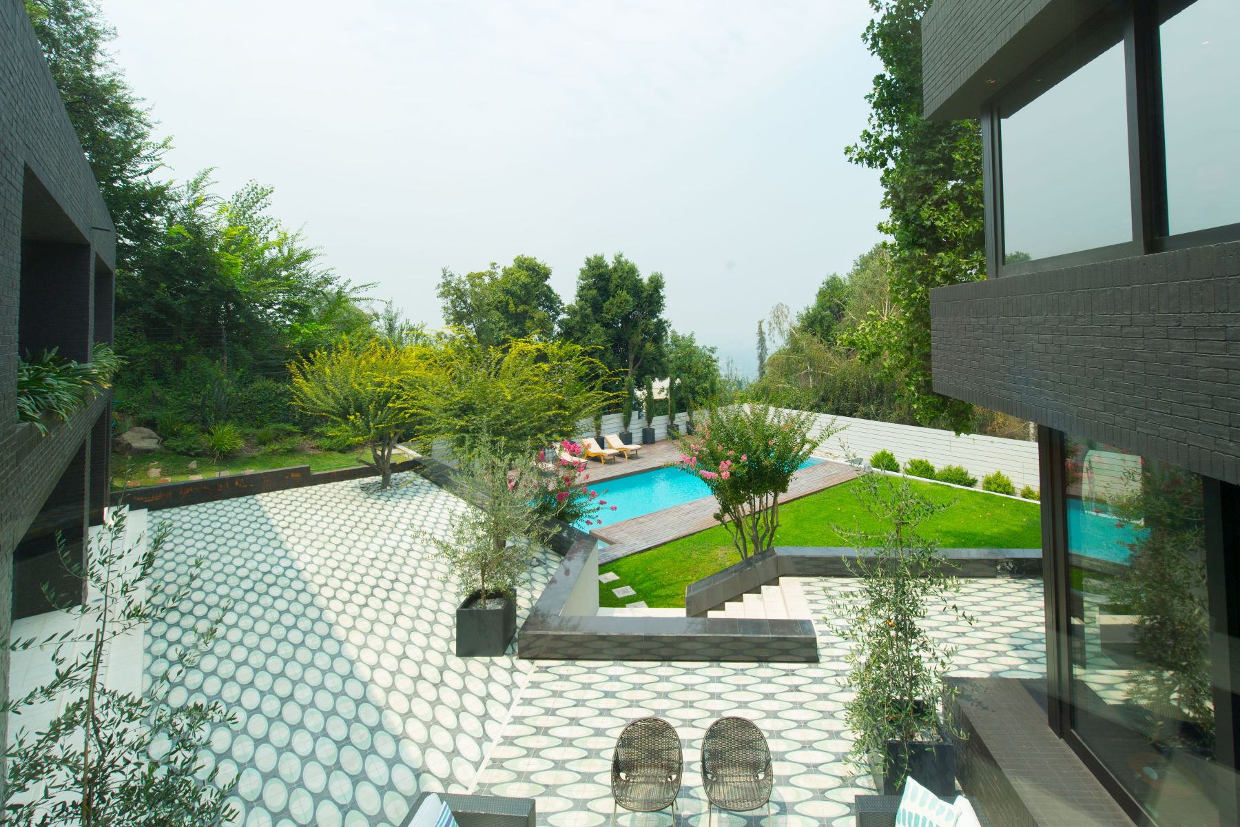 단독 가정 주택 용 매매 에 Grand Modern House with Breathtaking View Vitacura, Santiago, Region Metropolitana De Santiago 칠레