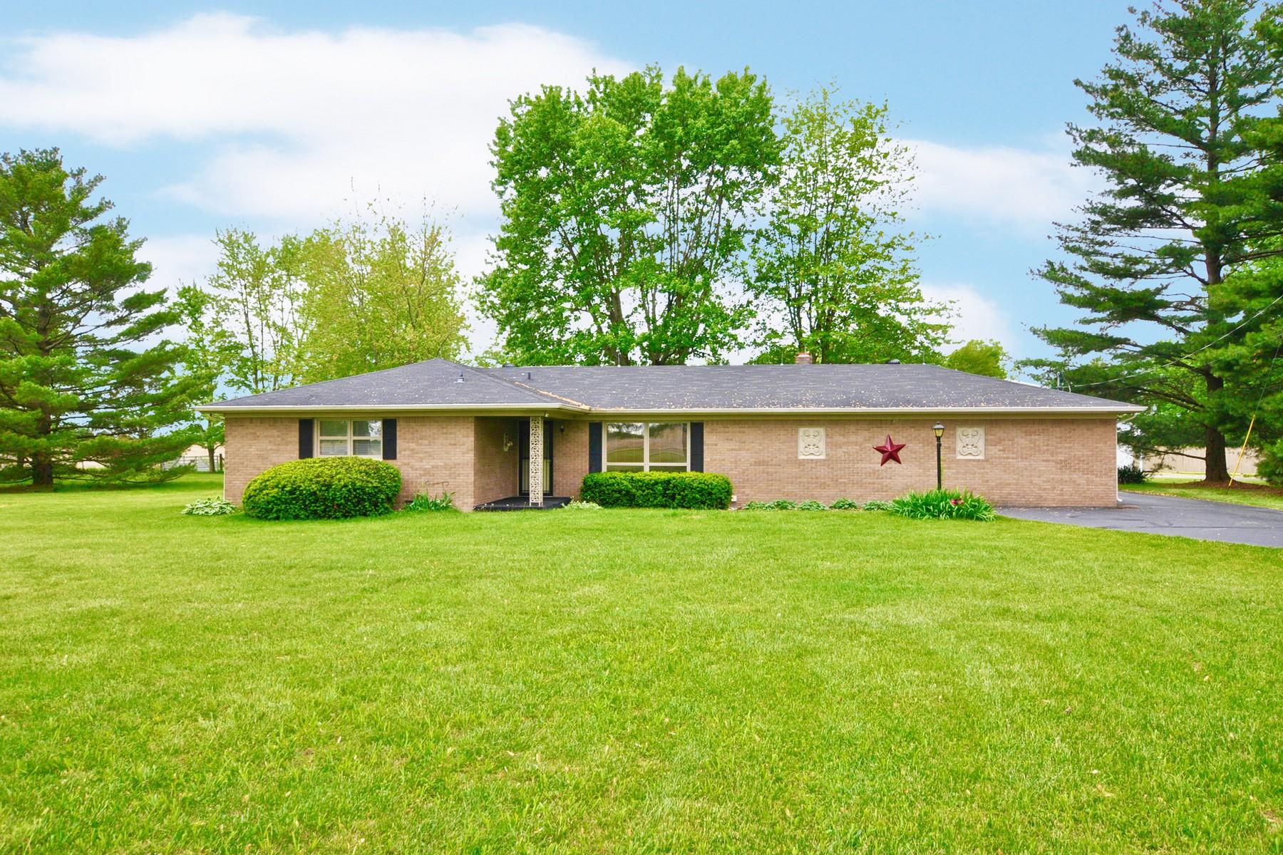 Single Family Homes por un Venta en Idyllic Country Setting 20101 Cyntheanne Road, Noblesville, Indiana 46060 Estados Unidos