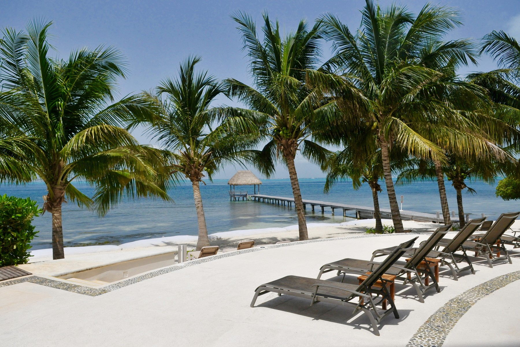 Single Family Home for Sale at CASA ELIZABETH: CARIBBEAN ISLAND LIVING Isla Mujeres, Mexico