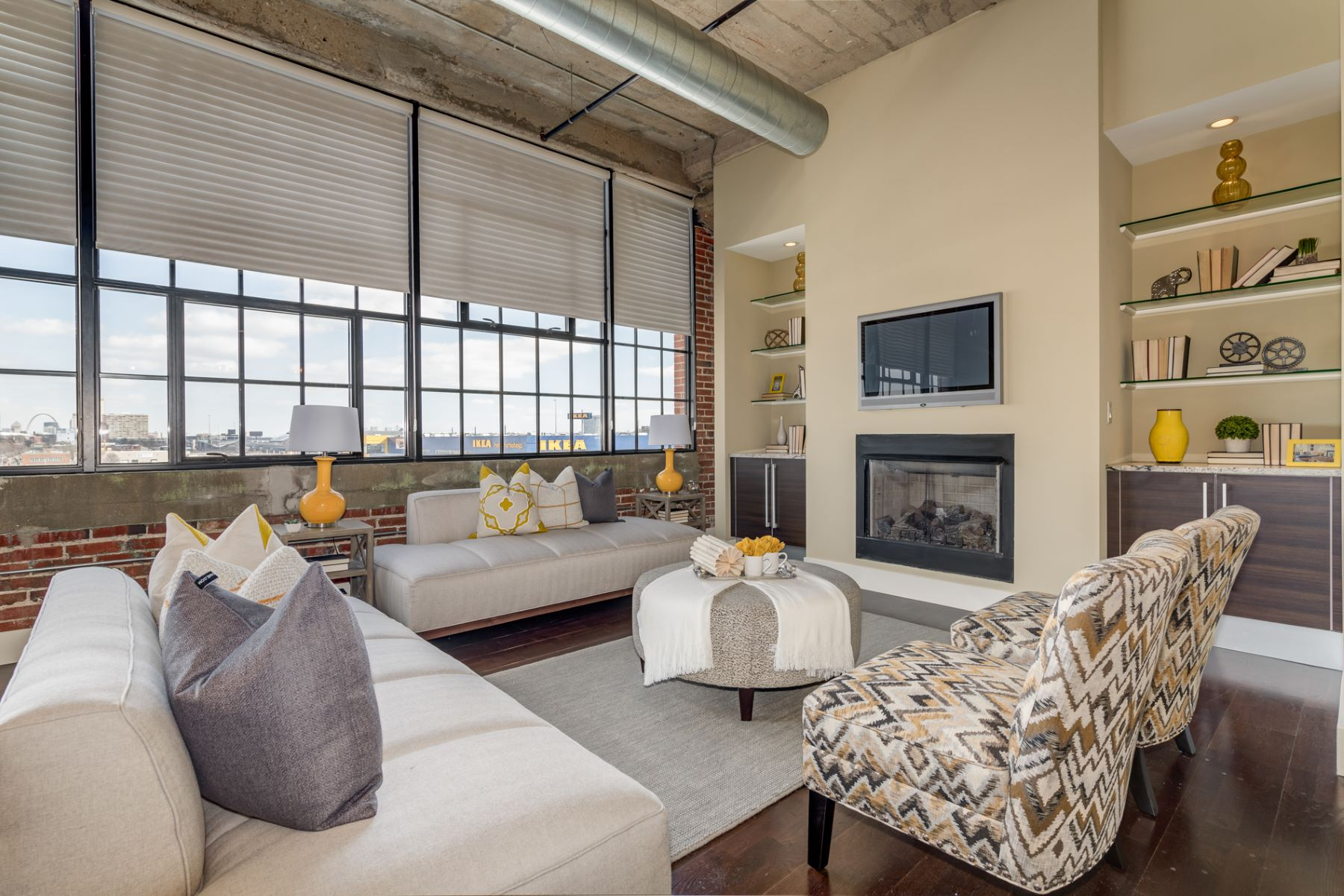 Additional photo for property listing at West End Lofts 4100 Forest Park Avenue # 412 St. Louis, Missouri 63108 United States