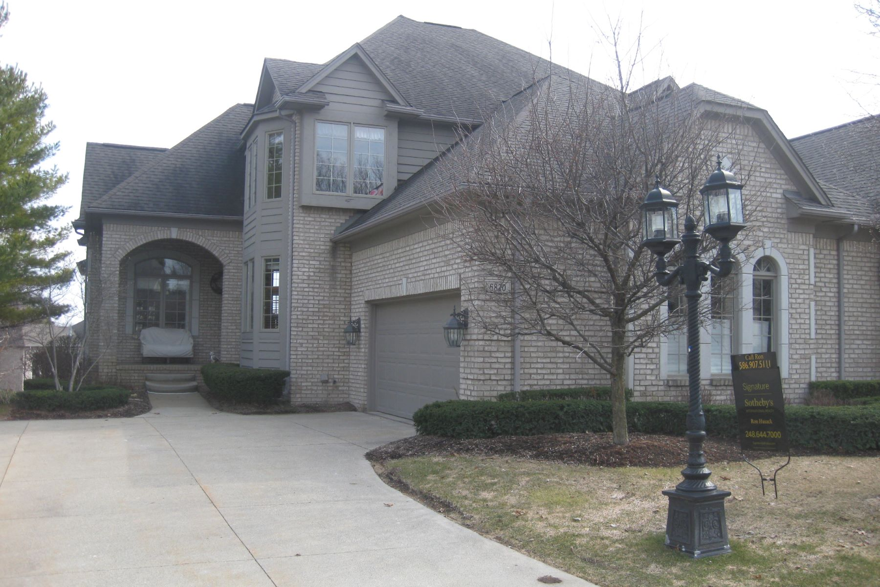 Condominium for Sale at Independence Township 6820 Intermezzo Bldg #14 Unit 40 Independence Township, Michigan, 48348 United States