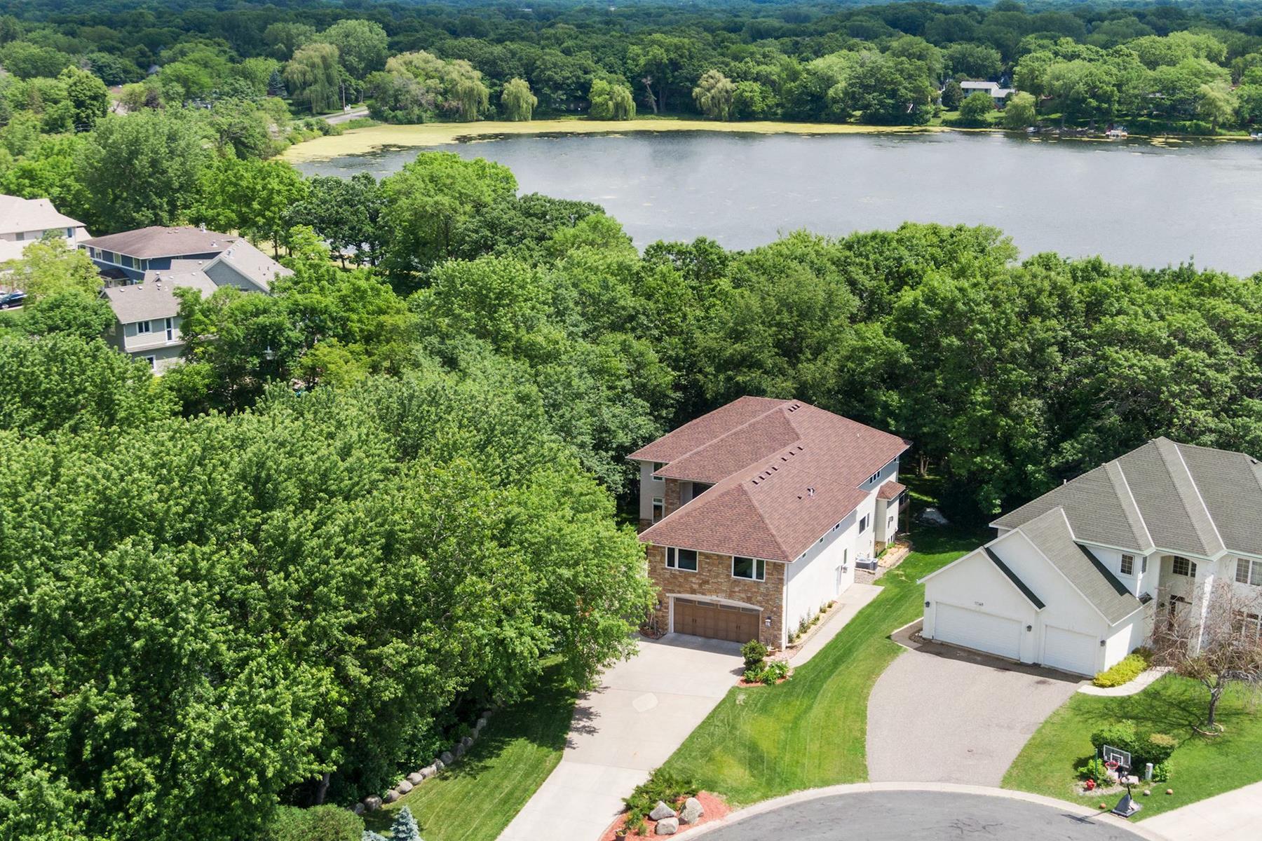 Single Family Homes للـ Sale في Eden Prairie, Minnesota 55346 United States