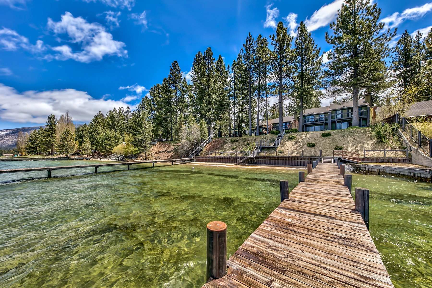 Additional photo for property listing at 765 Lakeview Ave, South Lake Tahoe, CA 96150 765 Lakeview Ave South Lake Tahoe, California 91711 United States