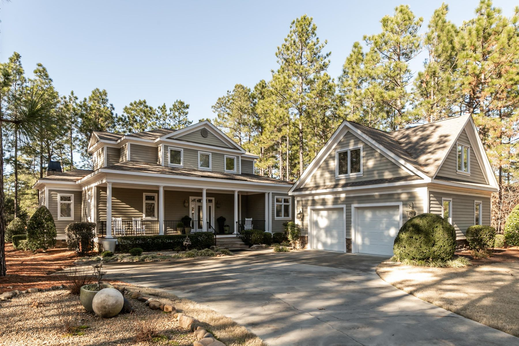 Single Family Homes for Active at 14 Cherry Hill Place Pinehurst, North Carolina 28374 United States