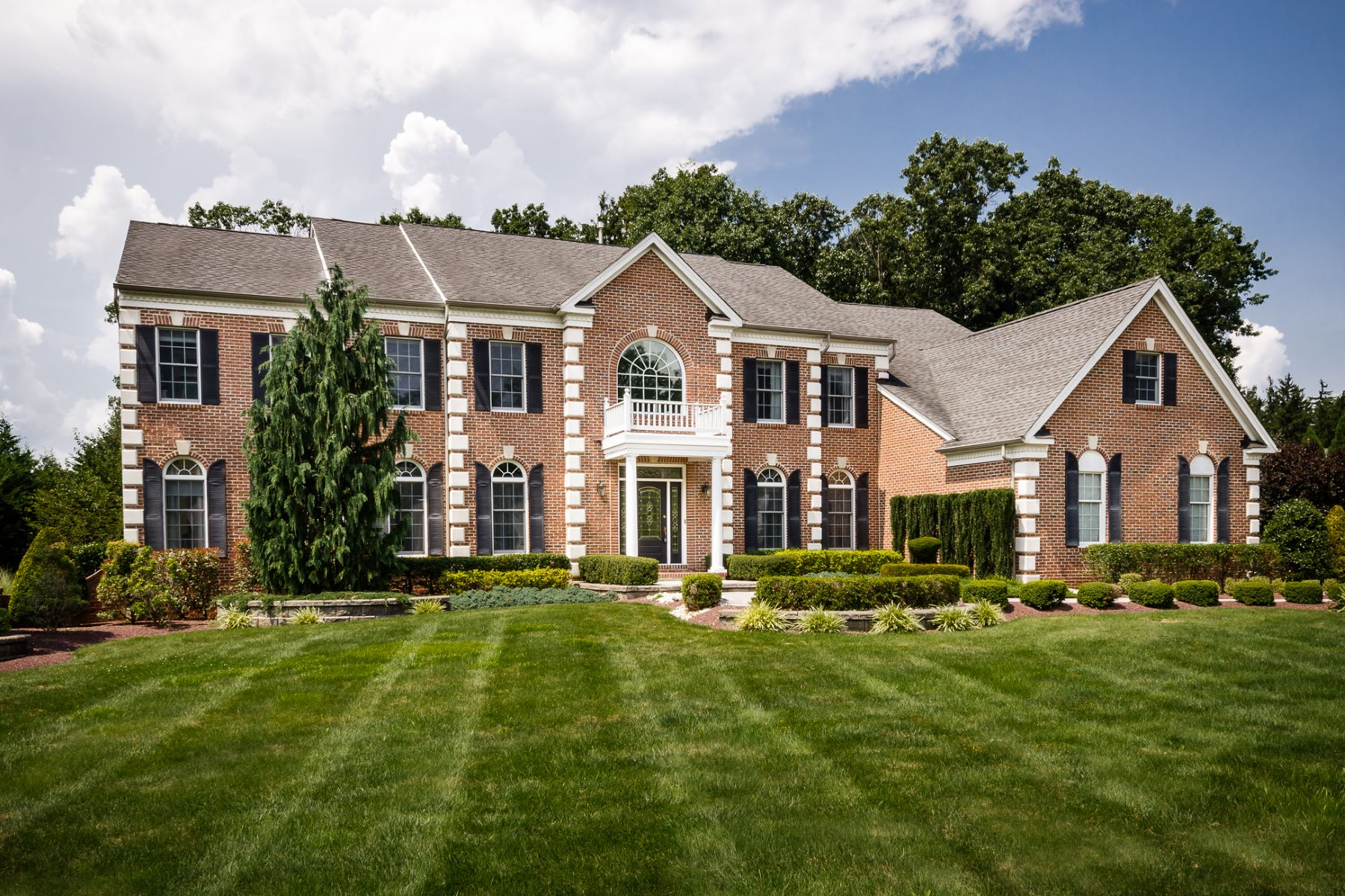 Single Family Home for Sale at Cranbury Colonial Celebrates Toll Brothers Luxury 14 Shady Brook Lane Cranbury, New Jersey 08512 United States