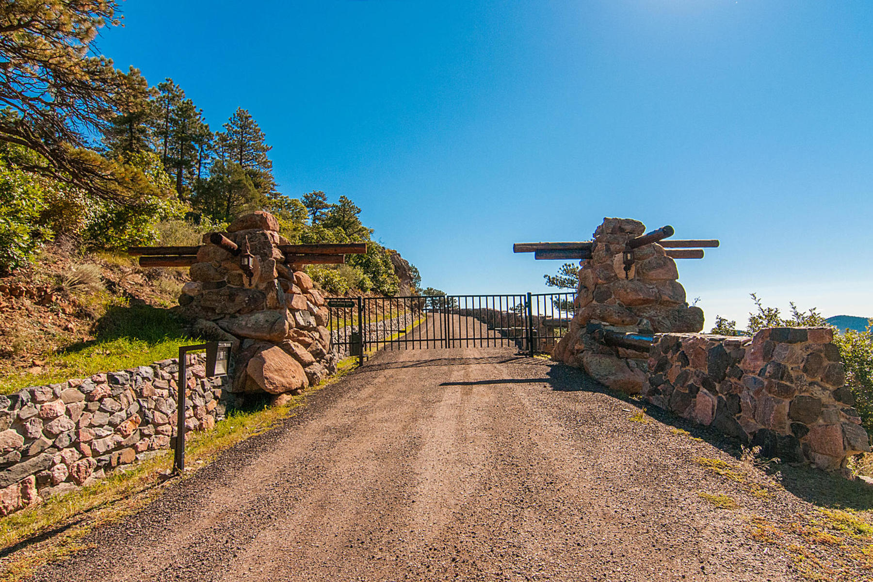 Land for Sale at Amazing Gentle Acreage with Unsurpassed Views 6094 Northway Drive, Morrison, Colorado 80465 United States