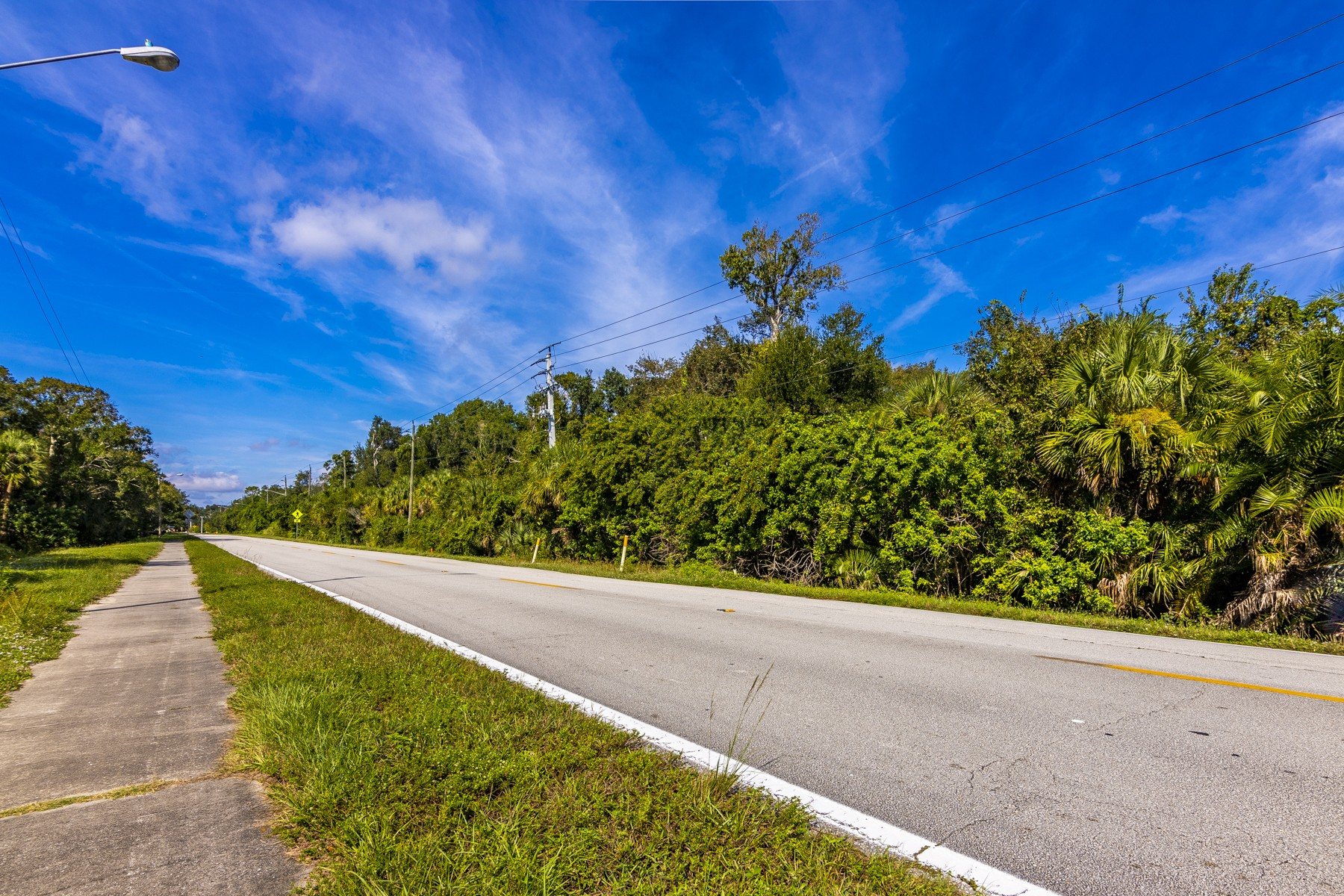 Additional photo for property listing at Thirty Nine Acres in Desireable Location in Melbourne 0000 Parkway Drive Melbourne, Florida 32934 United States