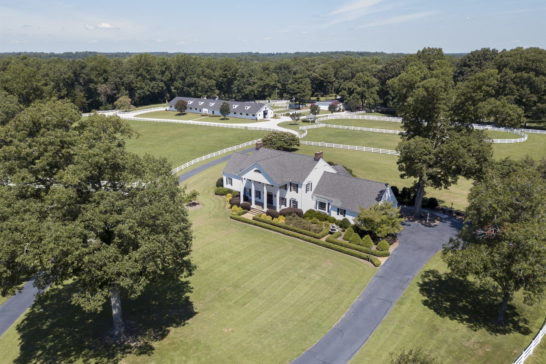Ferme / Ranch / Plantation pour l Vente à Highland Springs Farm 8446 Seven Paths Road Spring Hope, Carolina Du Nord, 27882 États-UnisDans/Autour: Cary, Chapel Hill, Durham, Raleigh