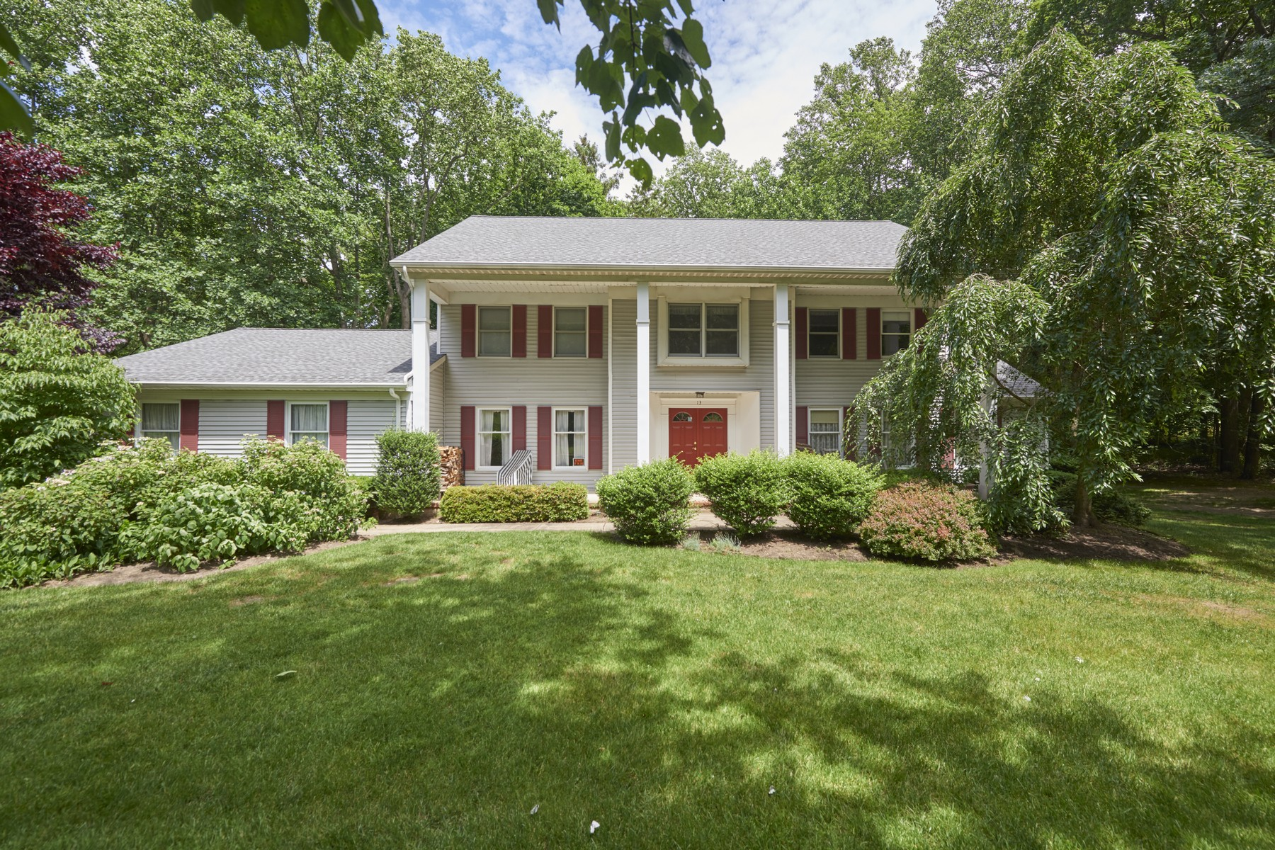 Single Family Home for Sale at 13 Constitution Dr., Middletown Middletown, New Jersey, 07748 United States